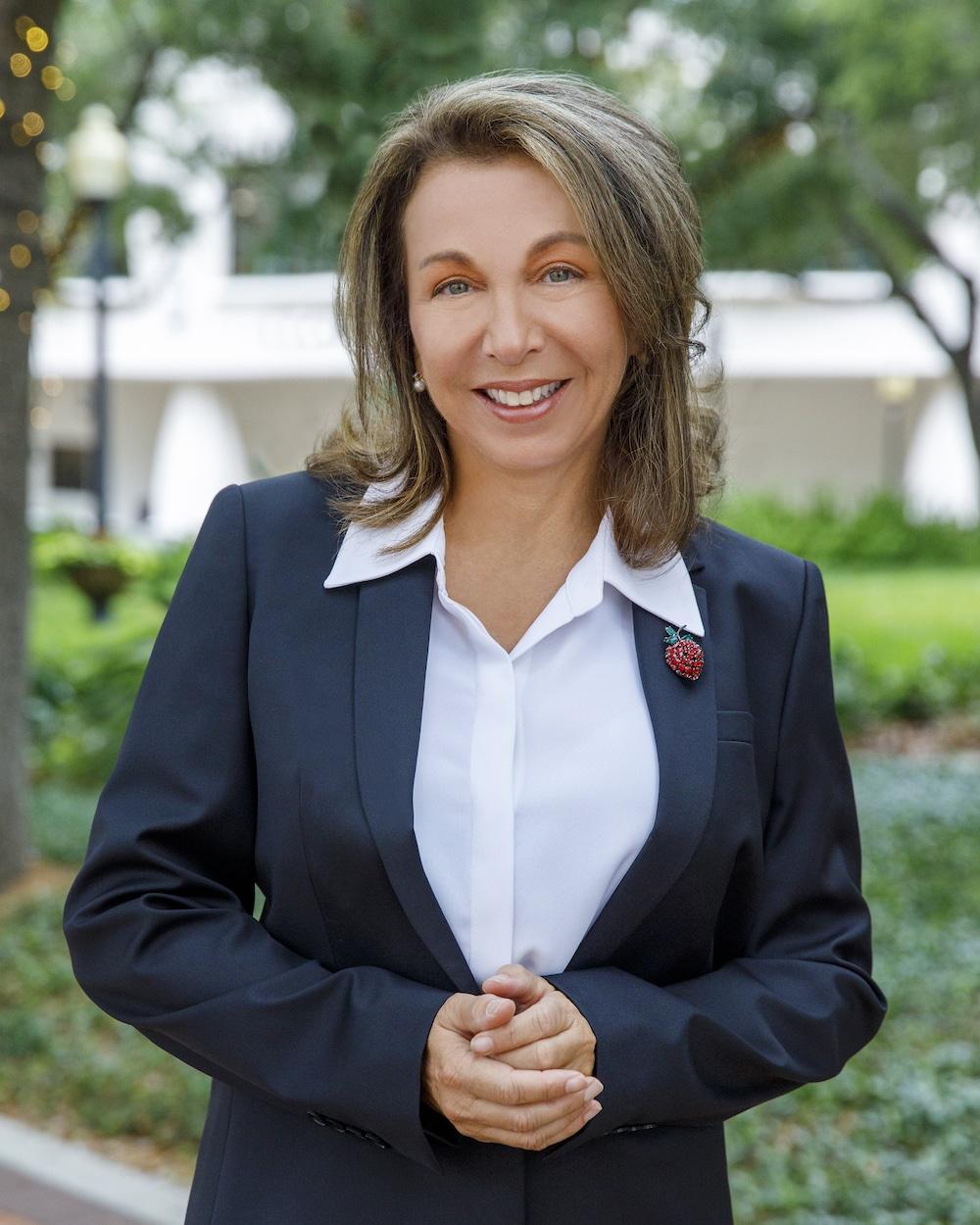 Laura Mattia, PH.D., MBA, CFP® | Atlas Fiduciary